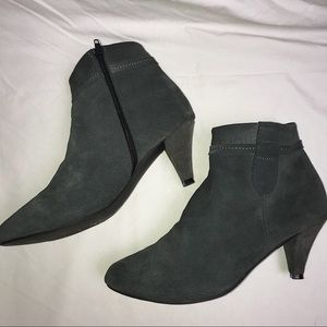 GREY SUEDE ANKLE BOOTS BEBE SIZE 8 BOOTS